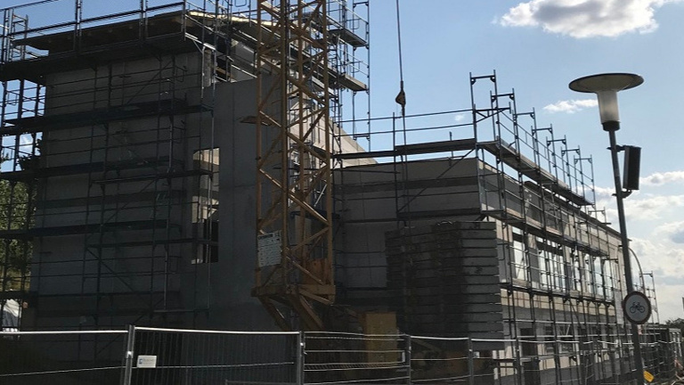Errichtung Indoor-Kletteranlage Sonneberg