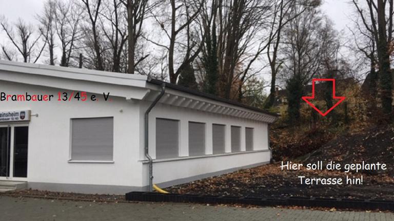 Neue Terrasse am Vereinsheim