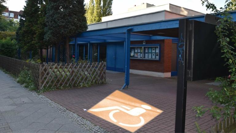 Behinderten-WC im Gemeindezentrum