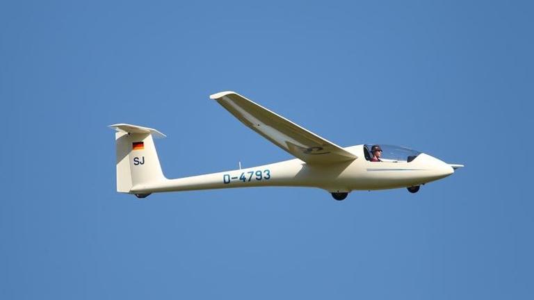 Neulackierung Schulungsflugzeug ASK23