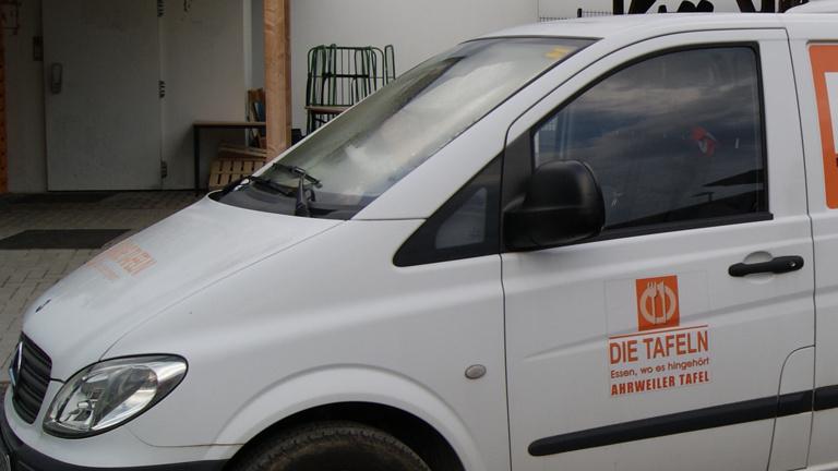 Neues Fahrzeug für die Ahrweiler Tafel