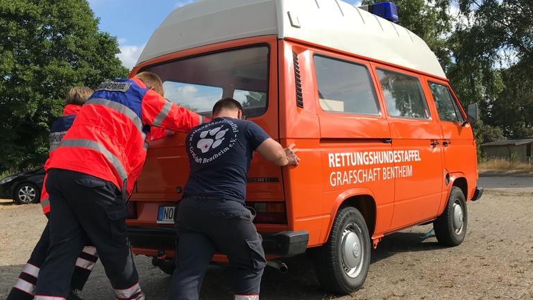Einsatzwagen Rettungshundestaffel