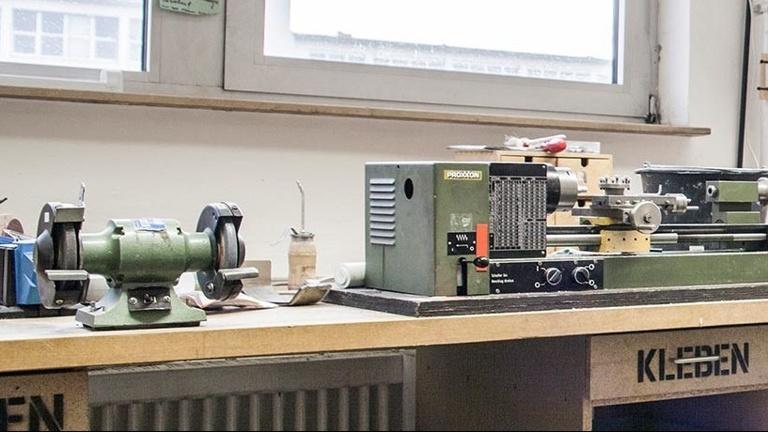 Eine neue Drehmaschine für das Lab