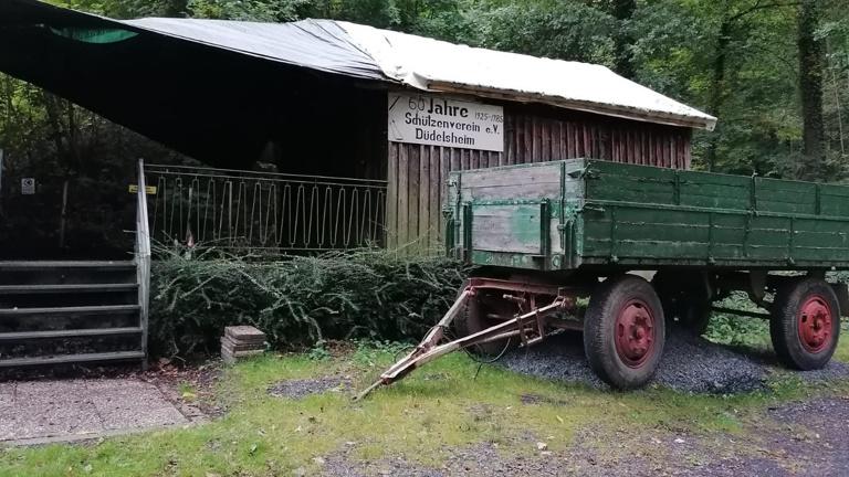 Sanierung unseres Vereinsheims im Wald