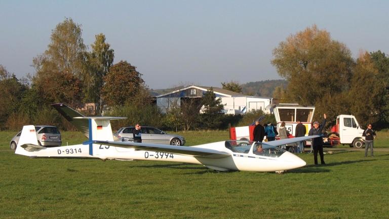 Funkgeräte für Segelflugzeuge