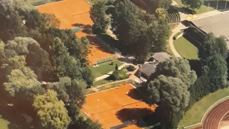 Tennisplatz 1 - Neubau